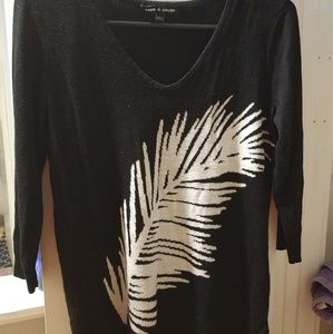 Cable and Gauge Black and White Feather Sweater L